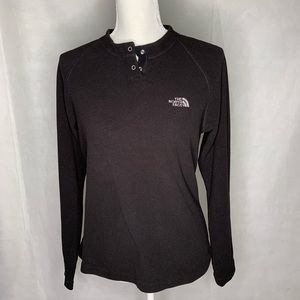 The north face sweater size M.